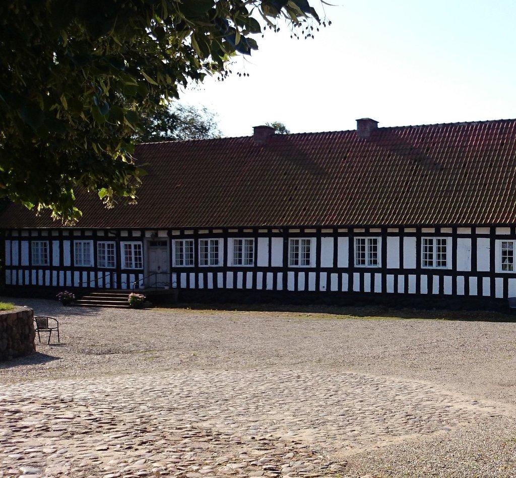 Anna's Bed & Breakfast Tarskov Mølle farmhouse