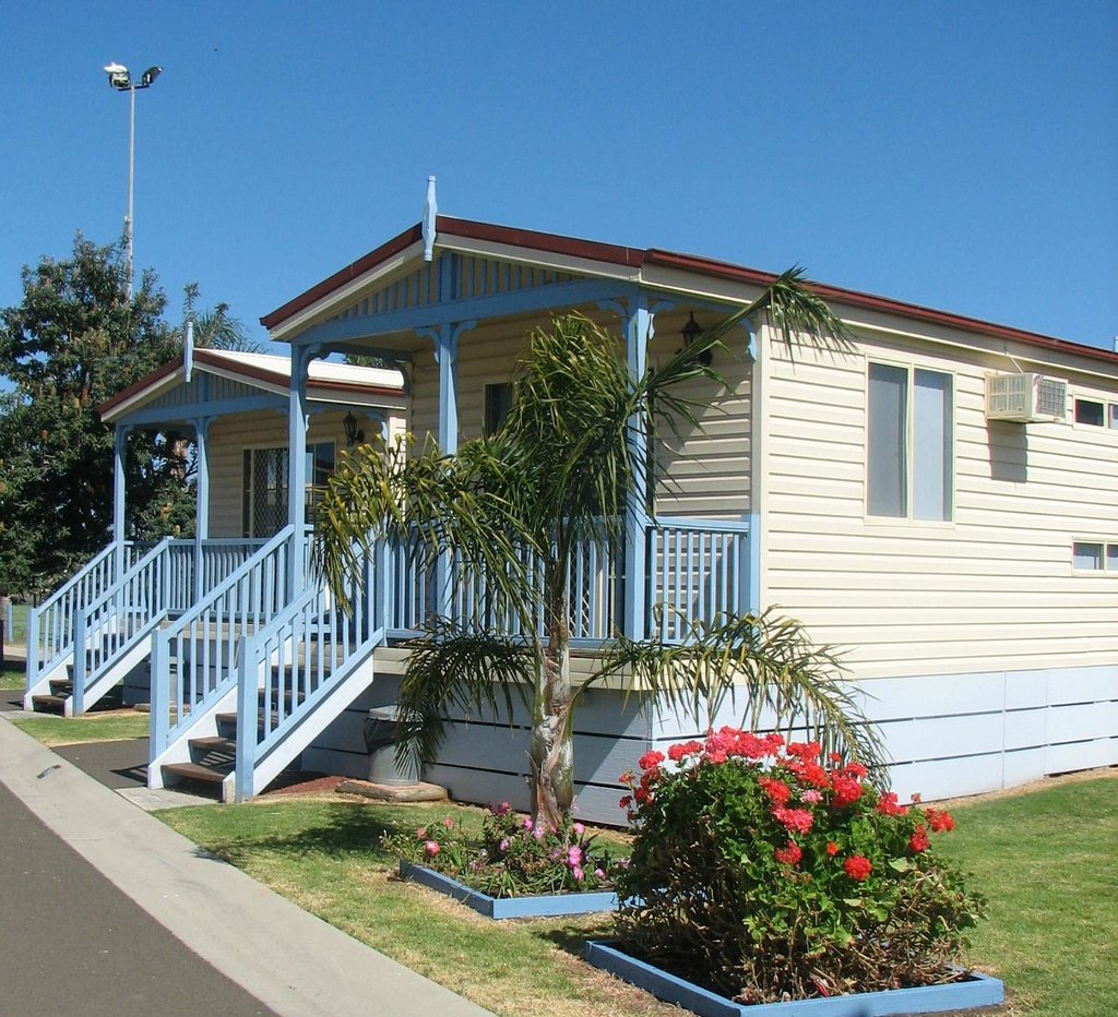 Warilla Bowls and Recreation Club - Holiday Cabins