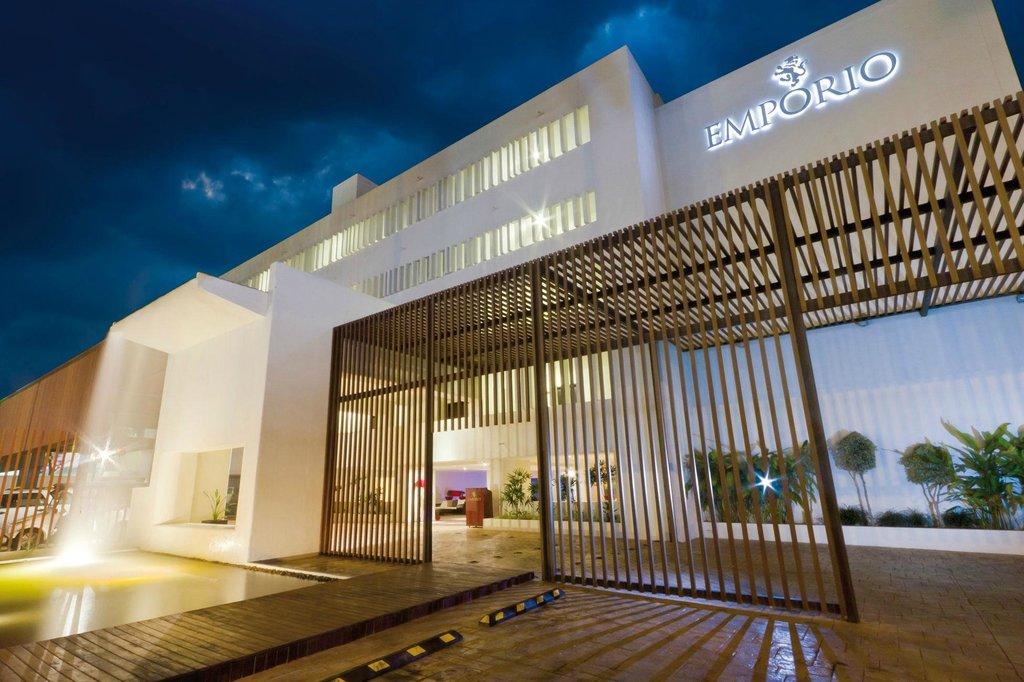 安坡里奧馬薩特蘭飯店