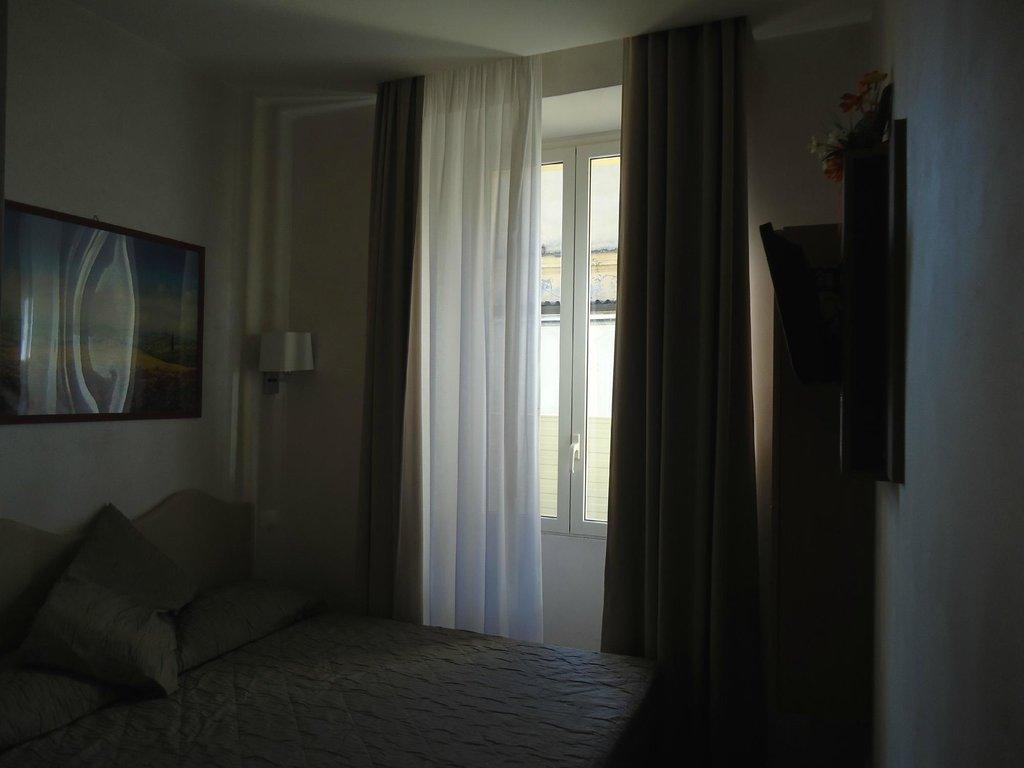 賽魯斯圖酒店
