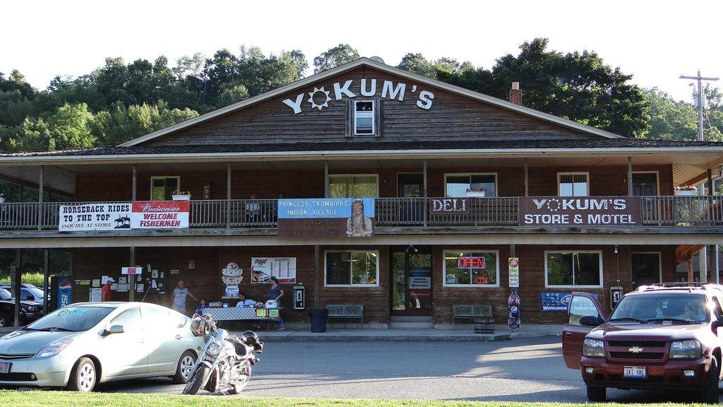 Yokum's Vacationland