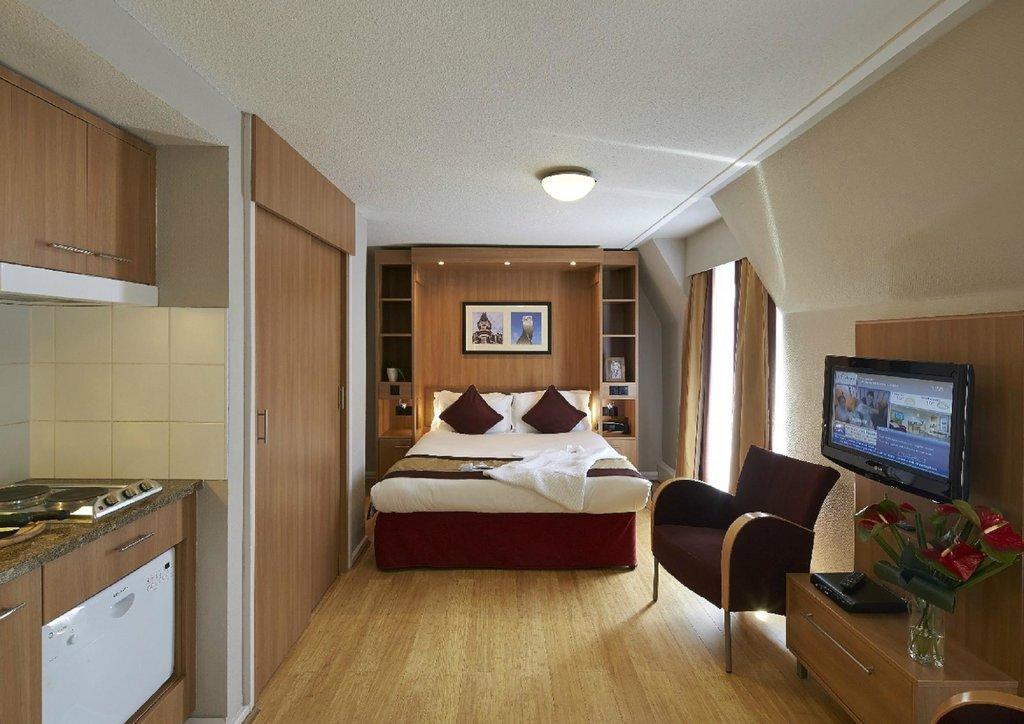 โรงแรมชิทาไดนส์ลอนดอนบาร์บิคัน