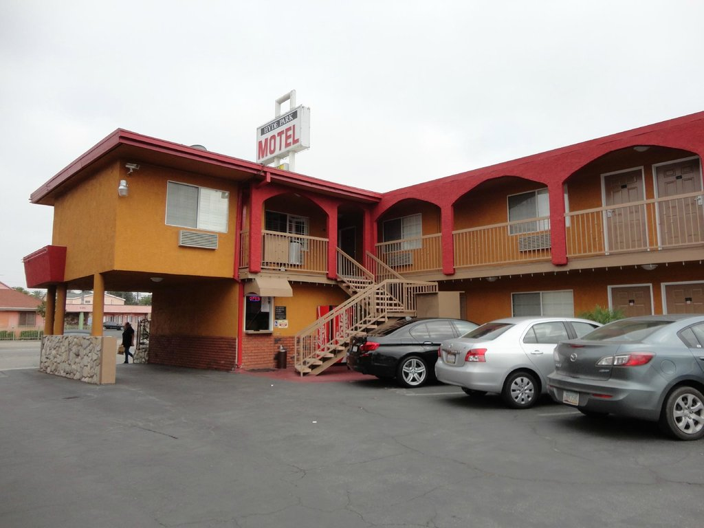 Hyde Park Motel