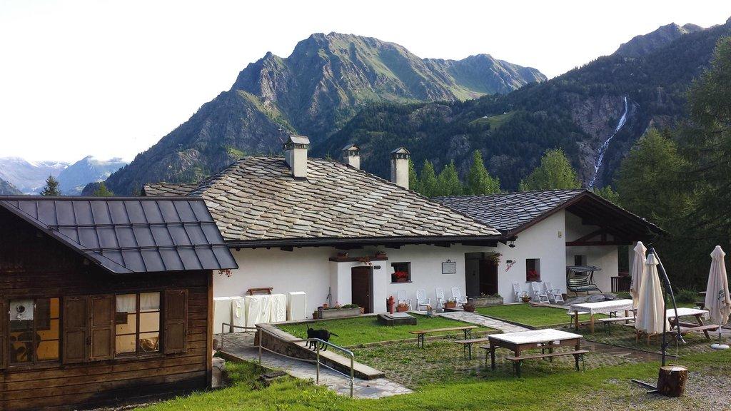 Cialvrina Village Hotel
