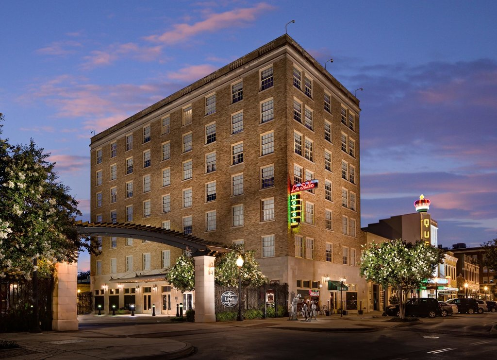 LaSalle Hotel
