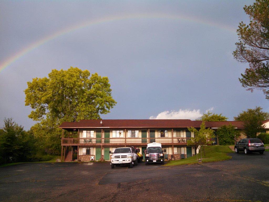 Scenic Motel
