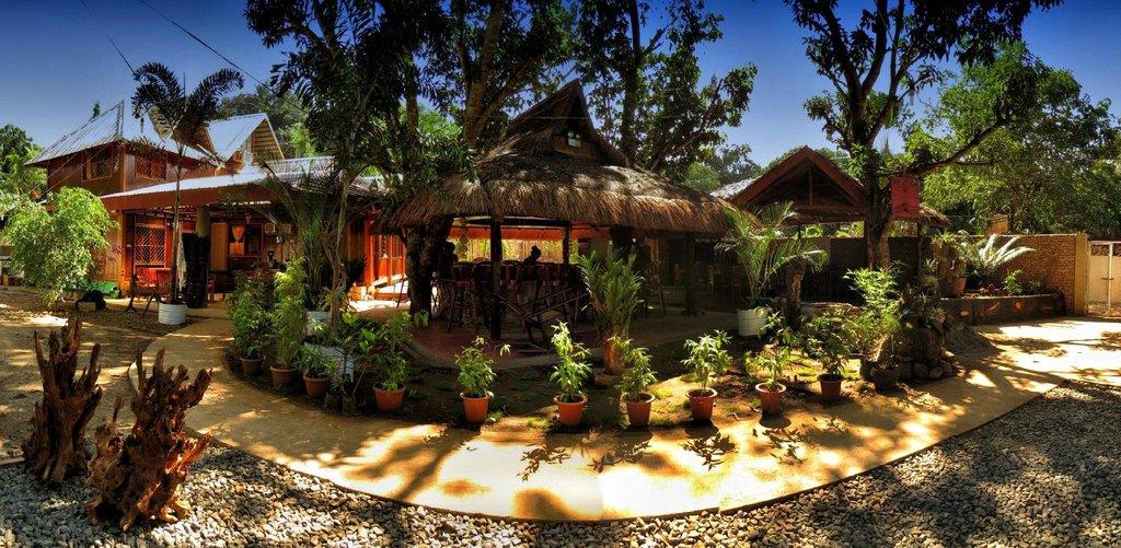 Sheebang Hostel & Judy's Resto Bar