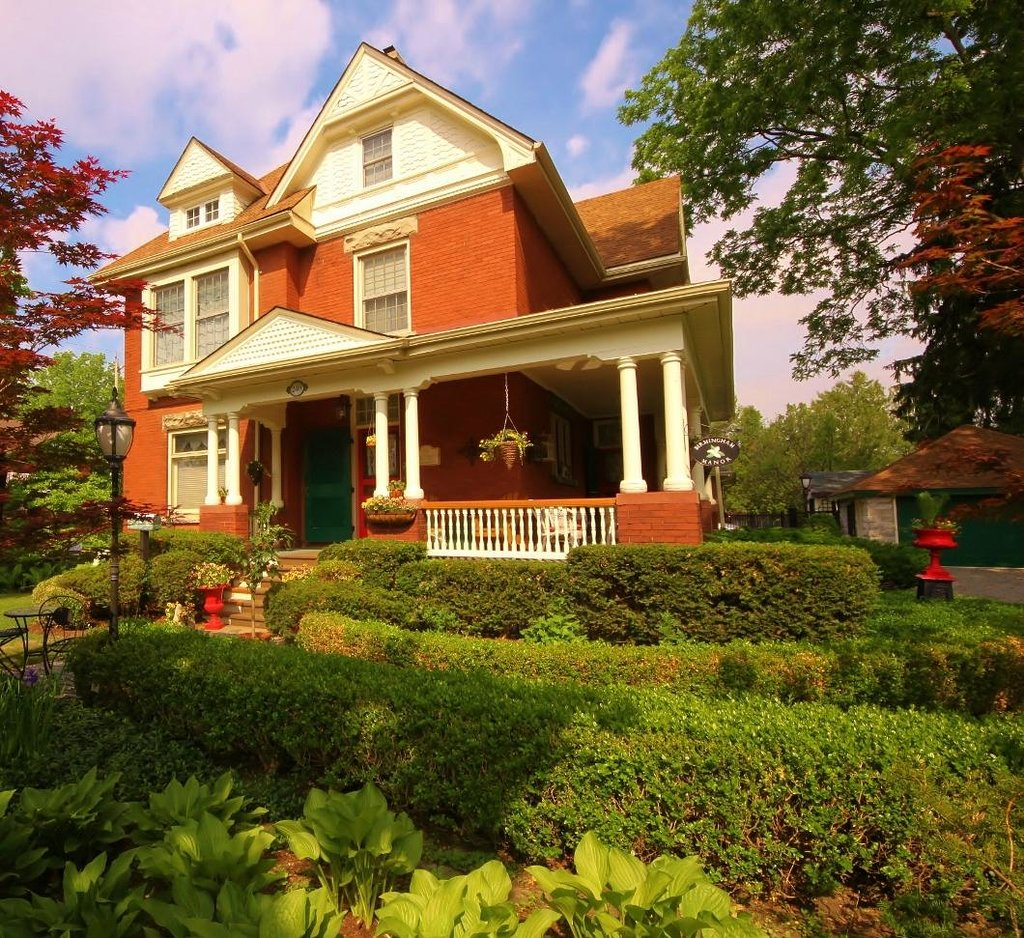 Birmingham Manor Bed and Breakfast