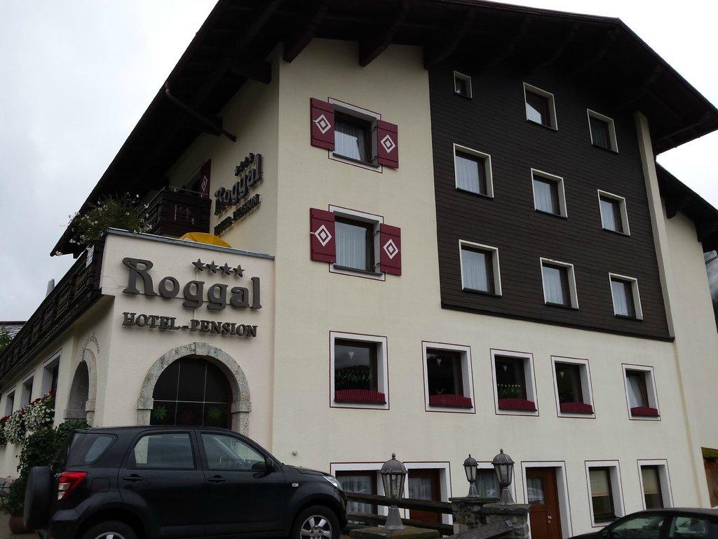 Roggal Hotel Pension