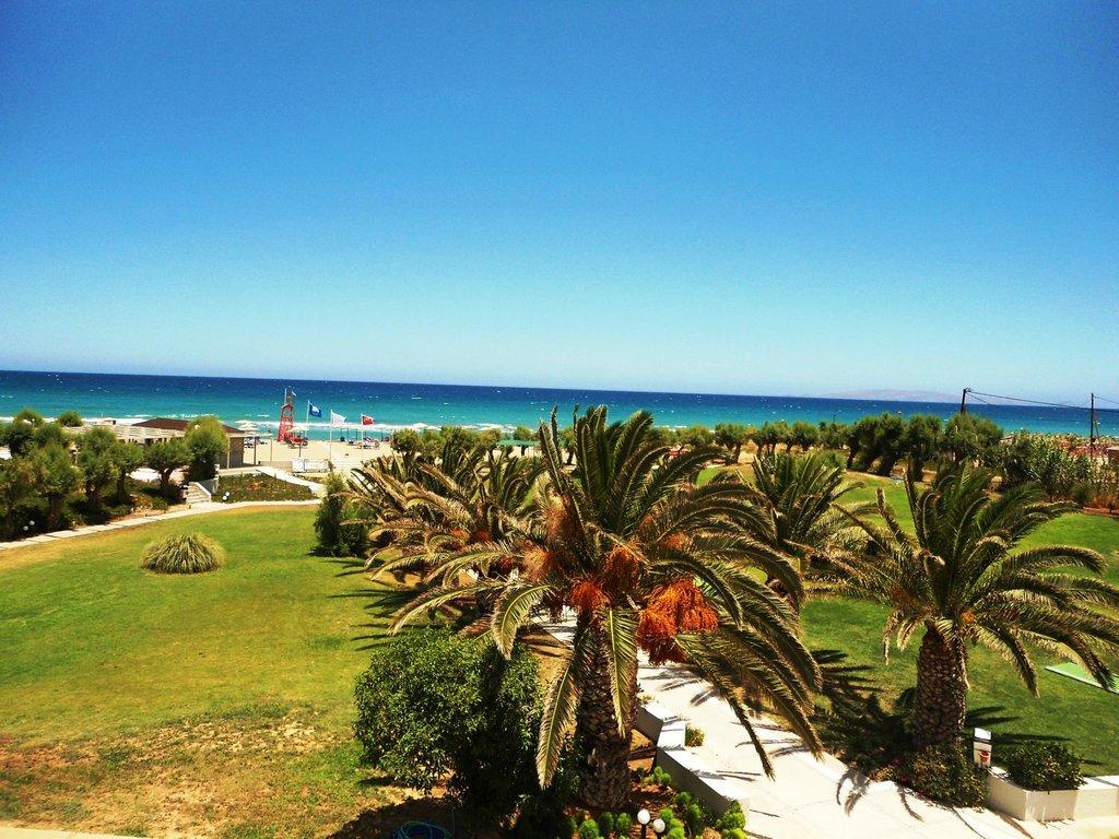 聖瑪麗娜海灘溫泉度假飯店