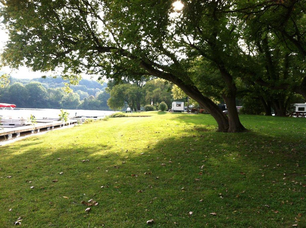 Arrowhead Marina & RV Park