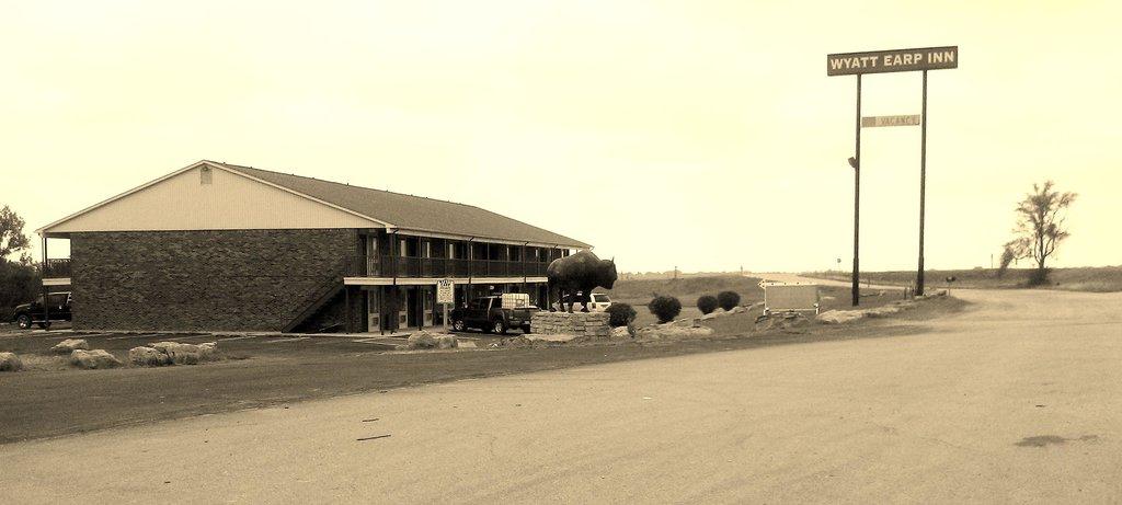 Wyatt Earp Inn