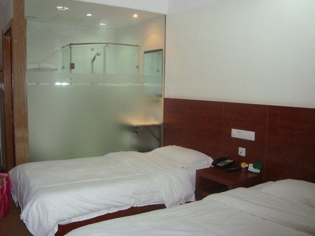 Marine Holiday Inn Qingdao