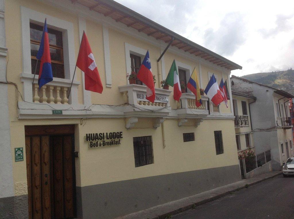 Huasi Lodge - Bed & Breakfast