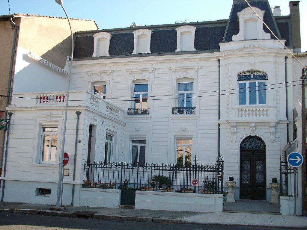 La Villa Quo Incidence