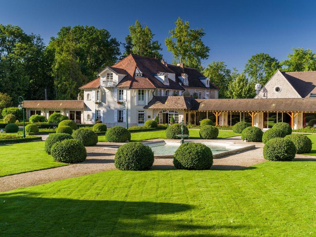 Relais & Chateaux - Hostellerie de Levernois