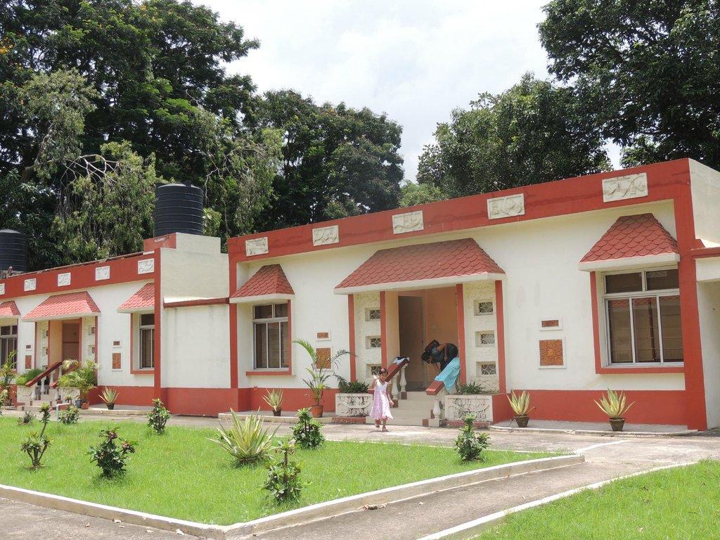 Santiniketan Tourist Lodge