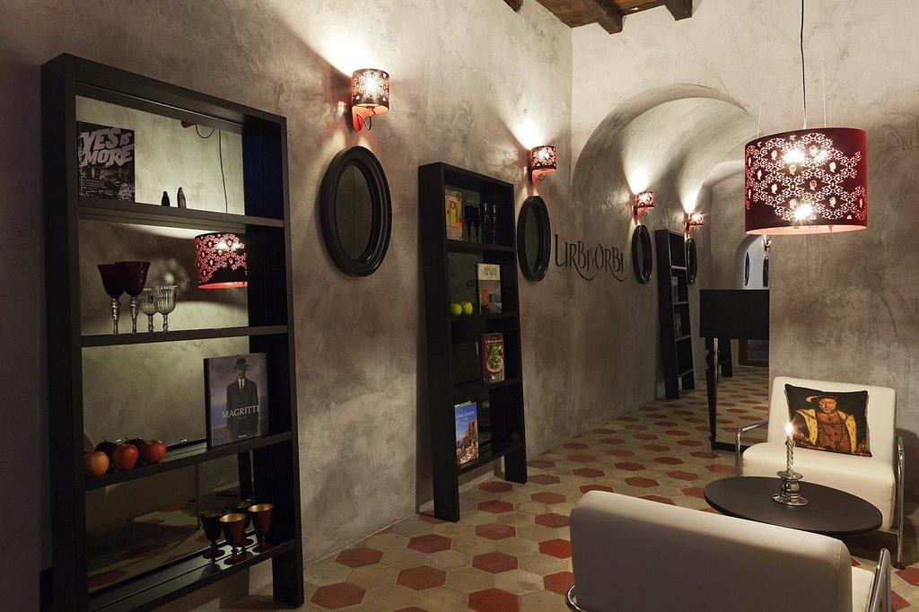 Casa de'Coronari - Design Rooms Library