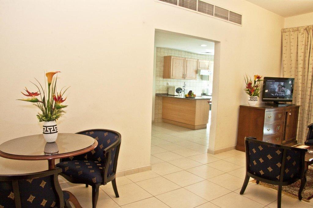 Ramee Guestline Hotel Apartments II
