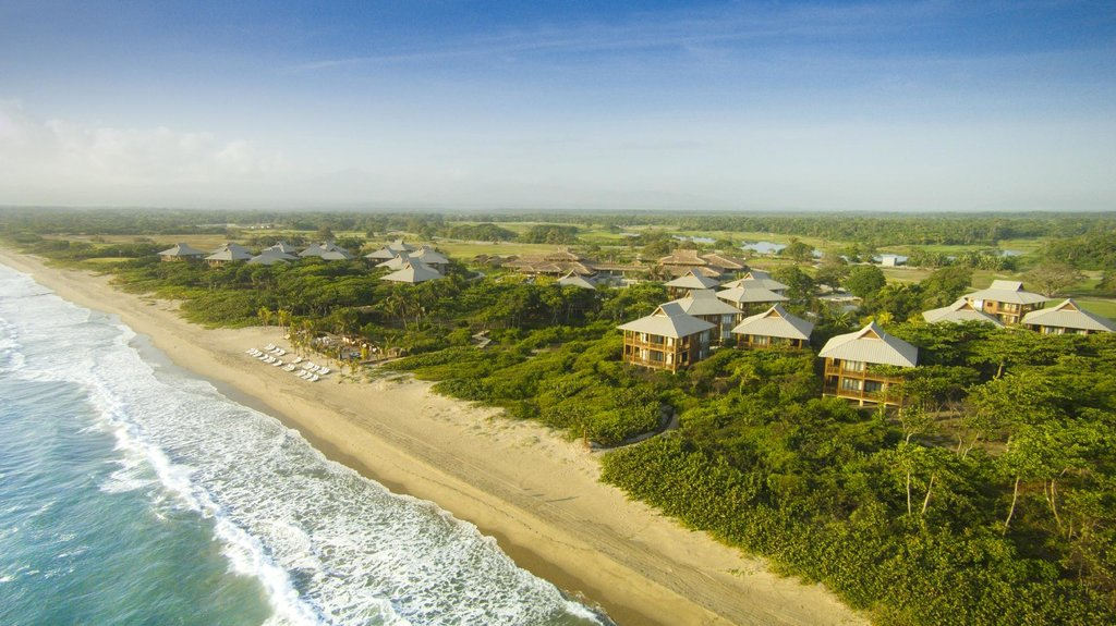 Aerial View Beach (112381700)