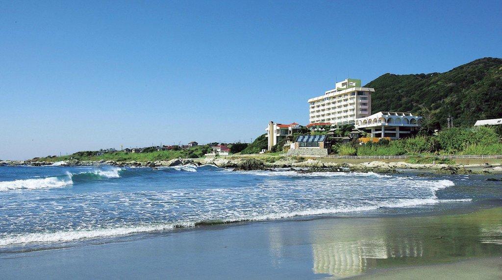 Heisaura Beach Hotel