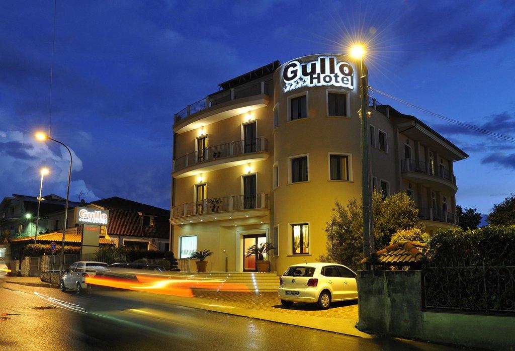 ホテル グッロ