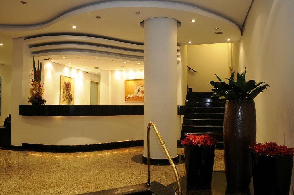 Hotel Shelton