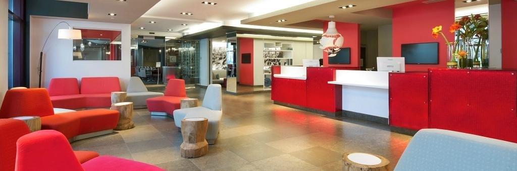 Novotel Montreal Center