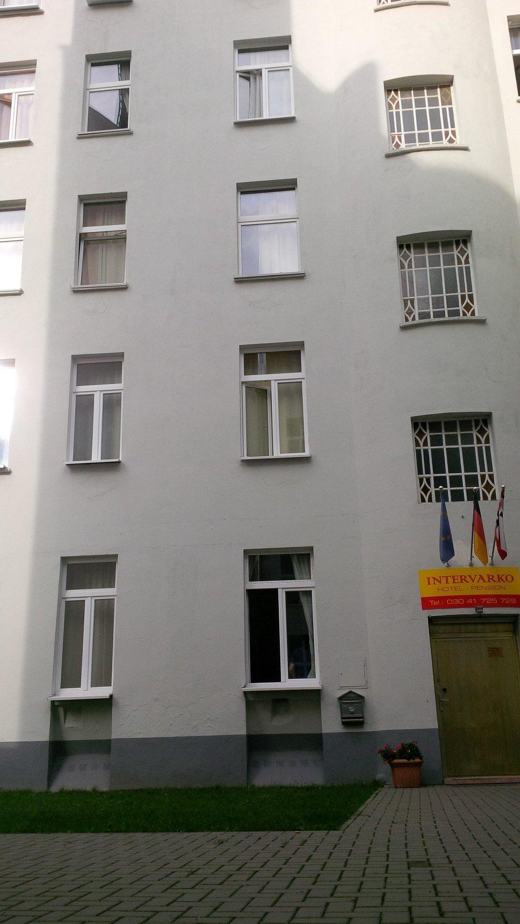 Hotel Pension Intervarko