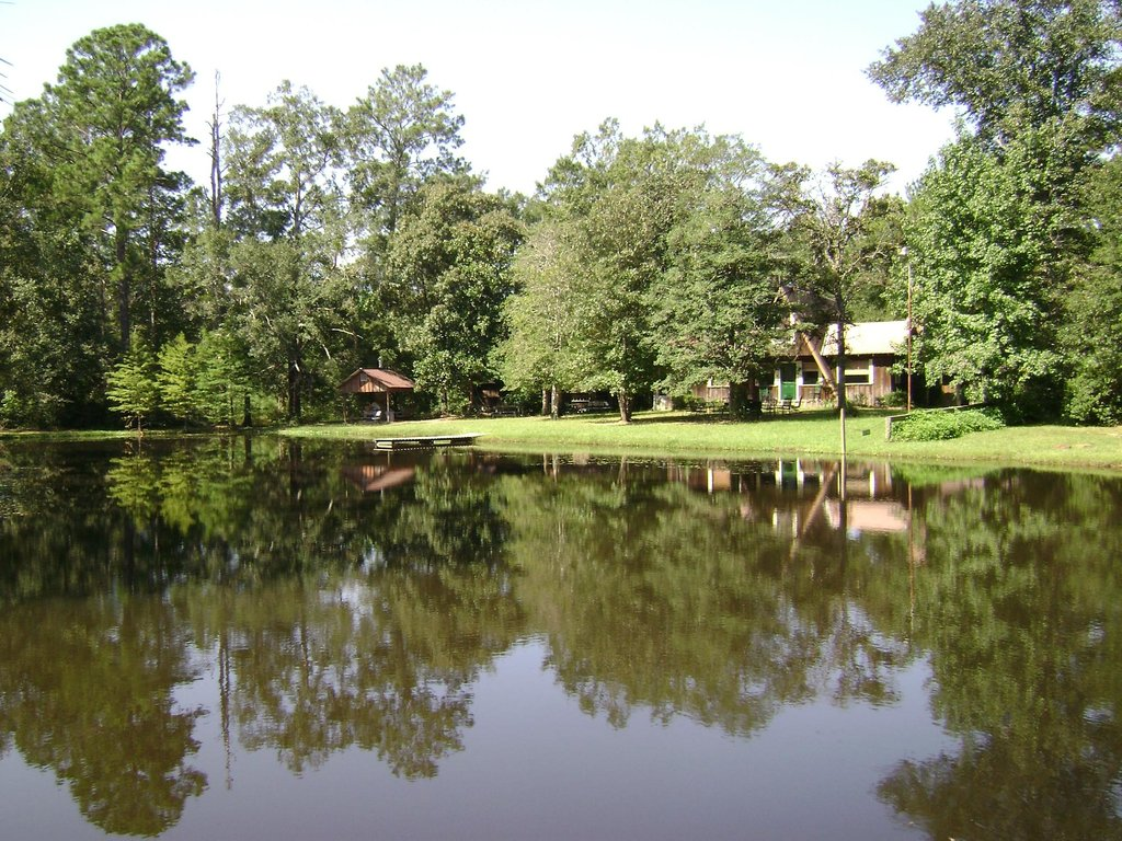 Holly Hill Lodge