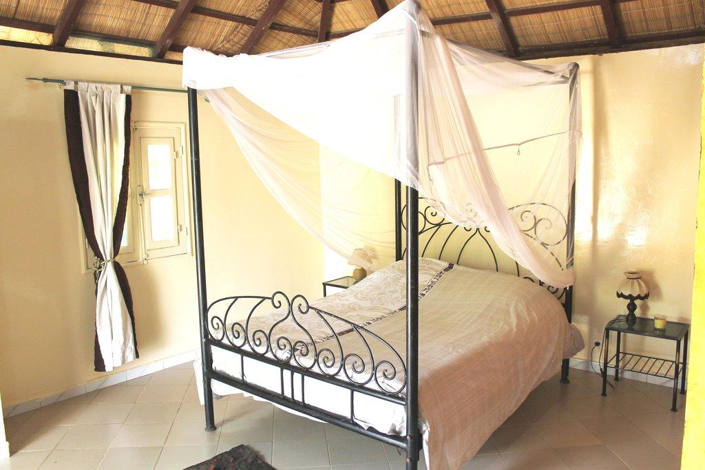 Lampsar Lodge