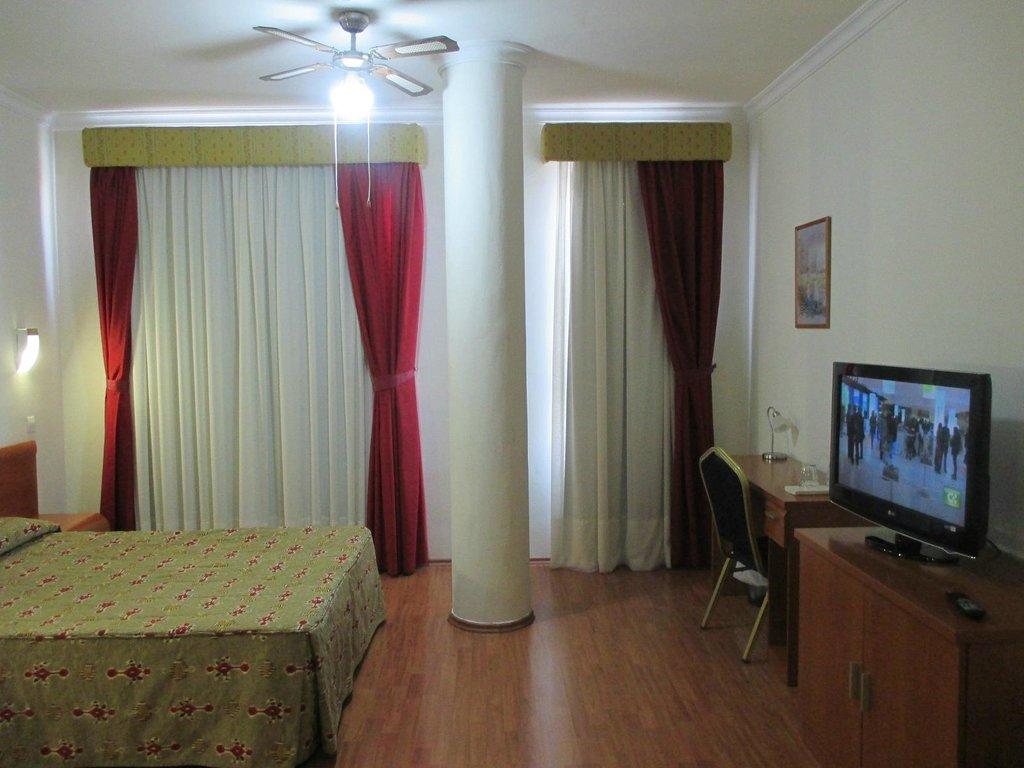 호텔 아베니다 데 카나리아스