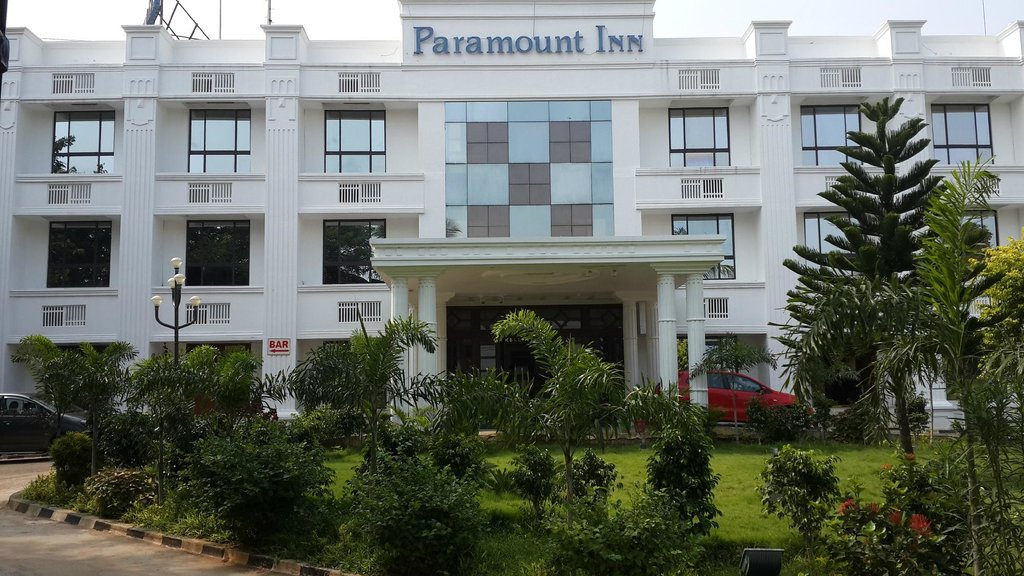 Paramount Inn Hotel