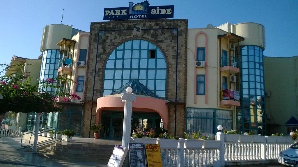 Park Side Hotel