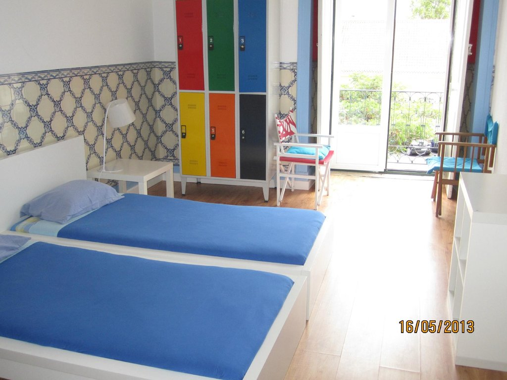 B. Mar Hostel & Suites