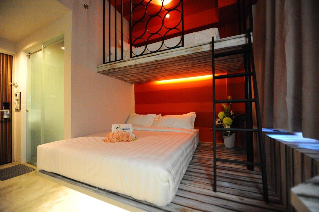 Fragrance Hotel - Pearl