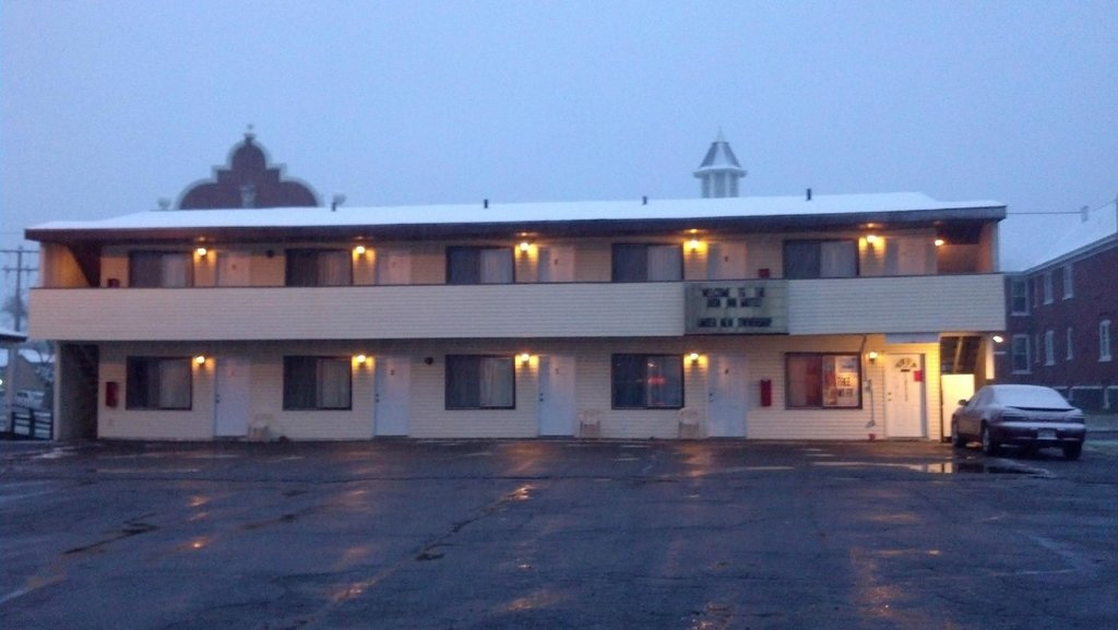 Iron Inn Motel, LLC