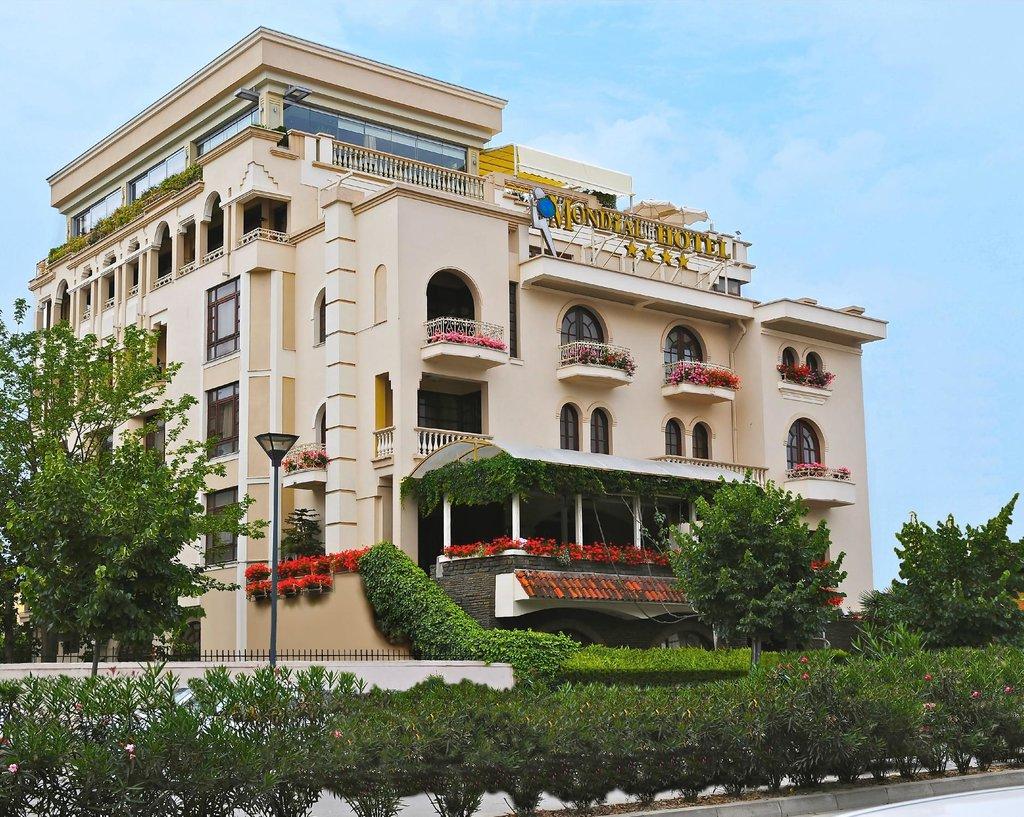 地拉那環球酒店