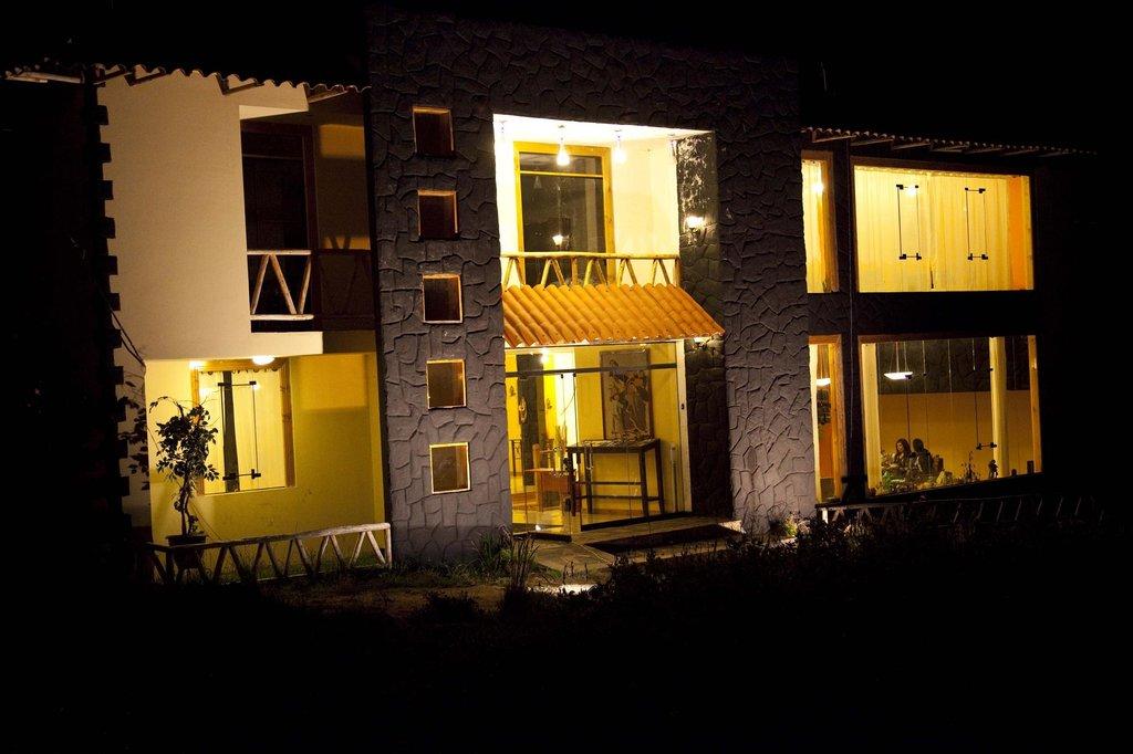 プマカラ ホテル