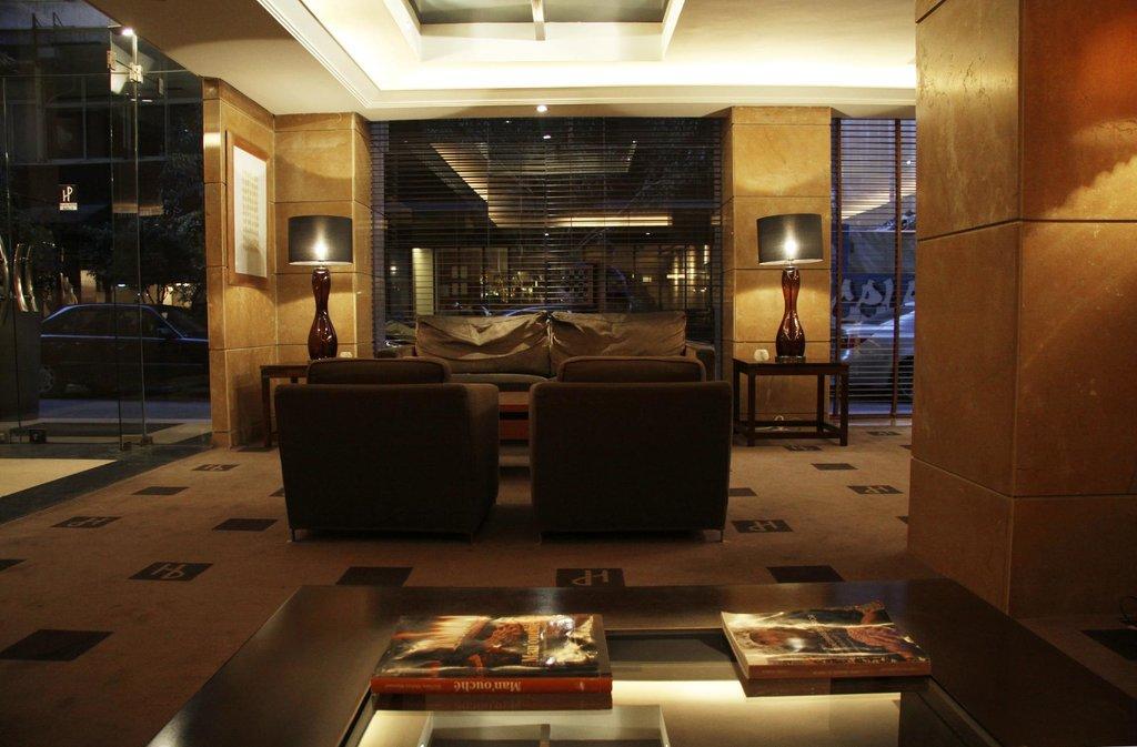 โรงแรมพลาซ่า