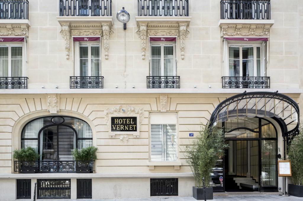 โรงแรมเวอร์เน็ท