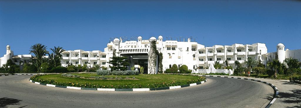 El Mouradi Skanes