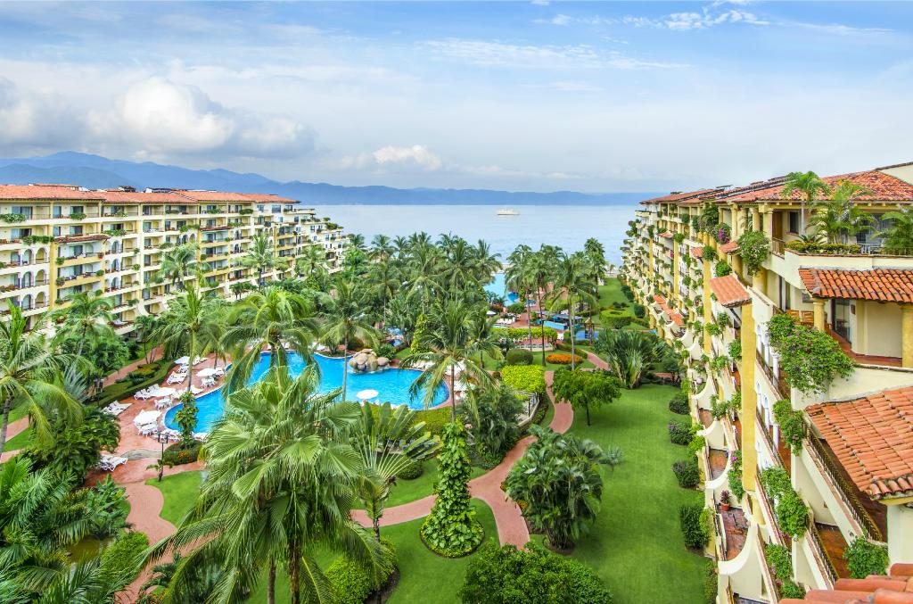 ‪Velas Vallarta Suite Resort‬