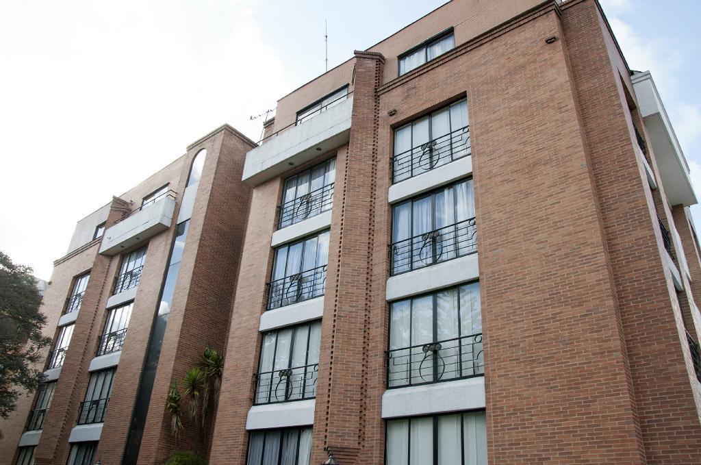 Aparta Estudios Los Andes Bogota