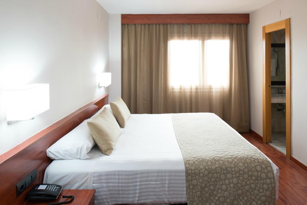 カタロニア パーク プシェットホテル
