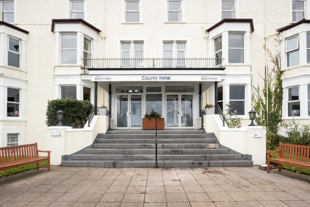Bay County Hotel