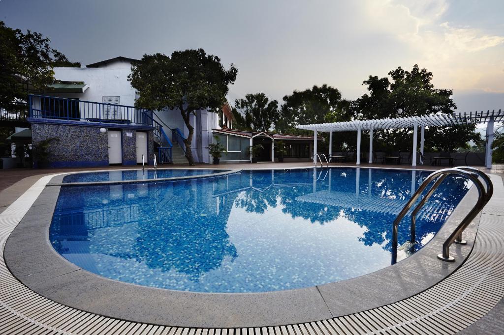 Saj Resort