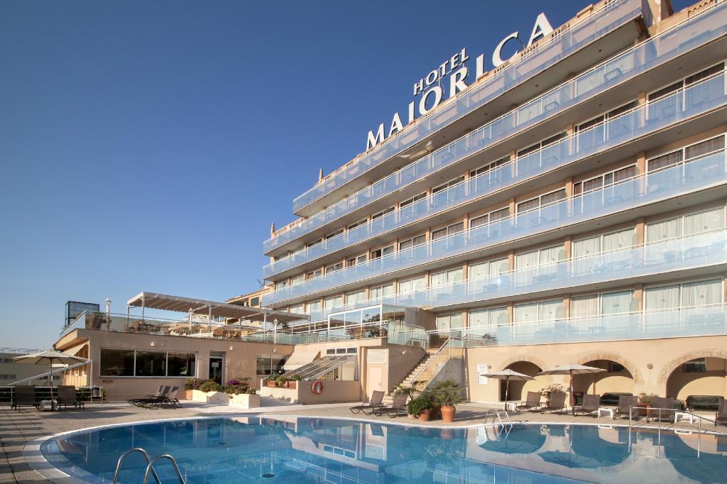 カタロニア マヨルカ ホテル
