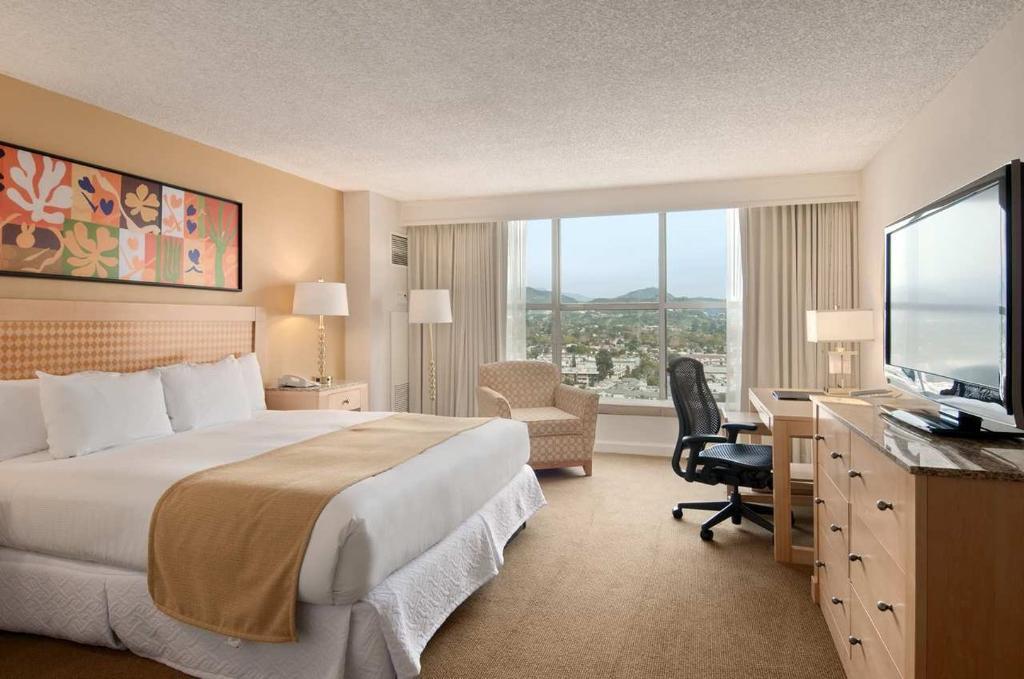 Hilton Los Angeles North/Glendale & Executive Meeting Ctr
