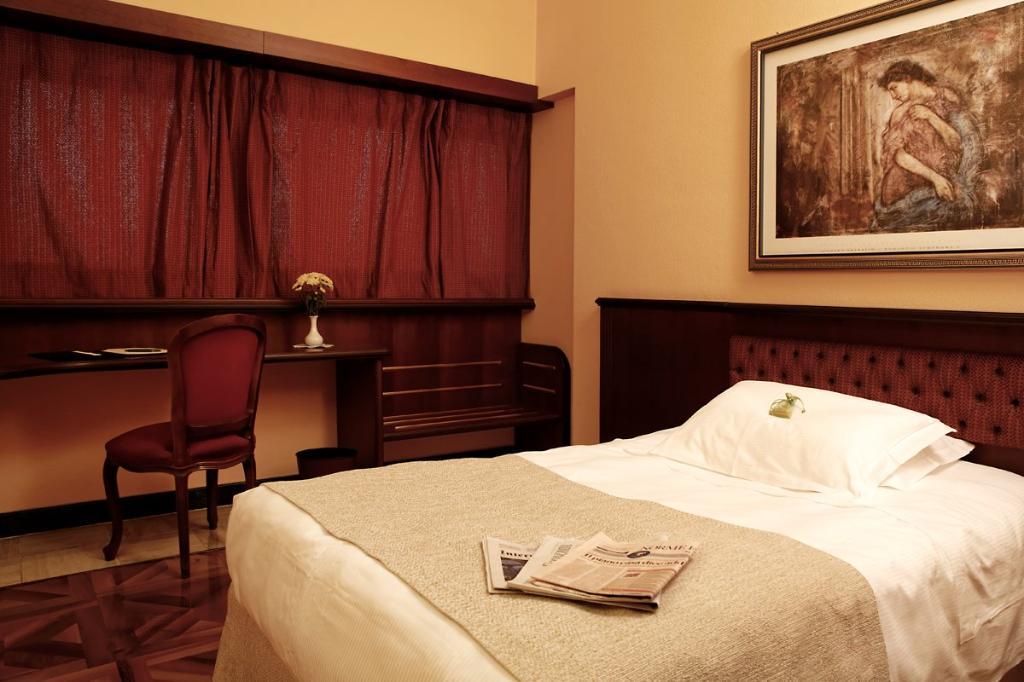サンタ バーバラ ホテル